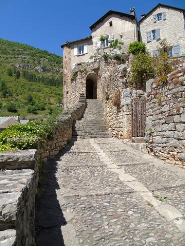 chemin des moines a sainte-Enimie
